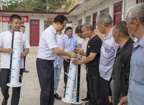 凝心聚力 真抓实干——郑州银行积极助力地方精准扶贫、乡村振兴